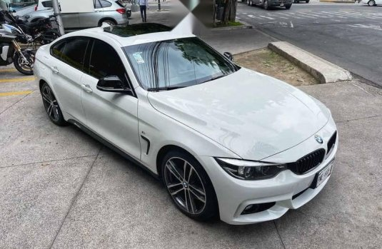 BMW Serie 4 2018 4p 440i G Coupe M Sport L6/3.0/T