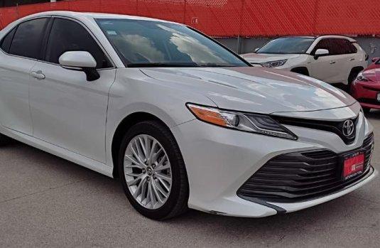 Se vende urgemente Toyota Camry 2019 en Tlalnepantla