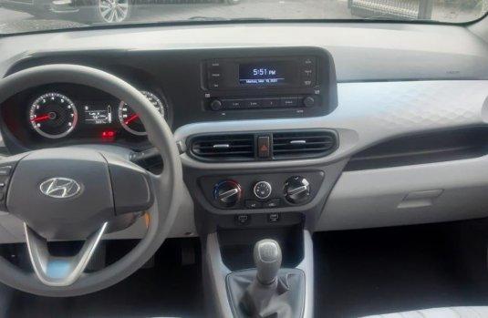 Auto Hyundai Grand I10 2021 de único dueño en buen estado