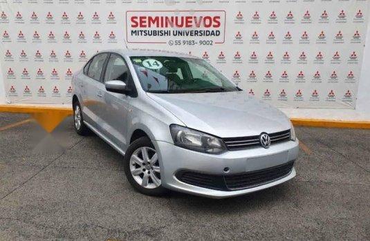 Volkswagen Vento 2014 4p Active L4/1.6 Aut