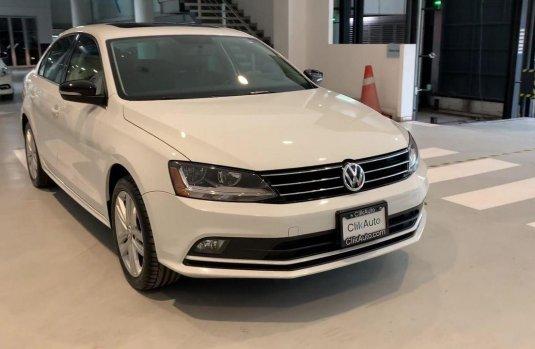 Volkswagen Jetta 2018 en buena condicción