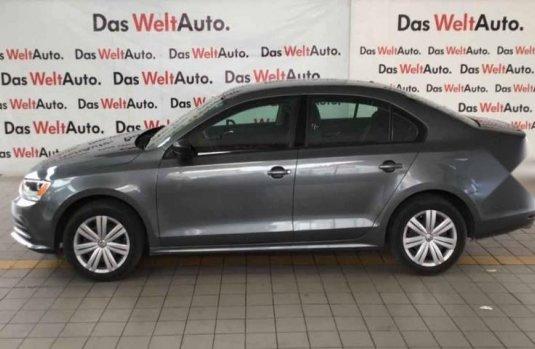 Volkswagen Jetta Trendline 2017 impecable en Nezahualcóyotl