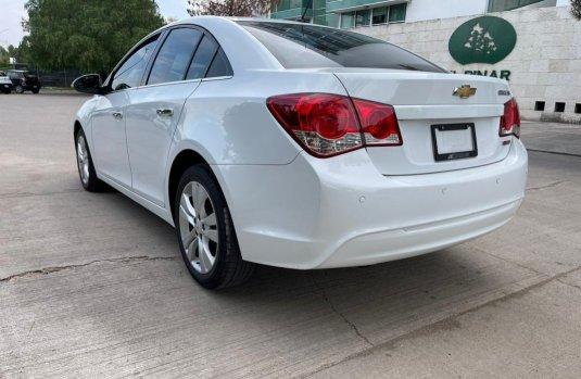 Se pone en venta Chevrolet Cruze 2015