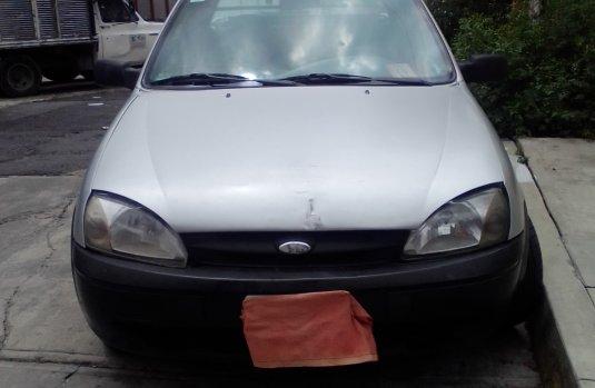 Venta de autos Ford Courier 2003
