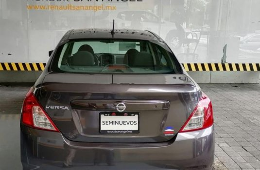 Nissan Versa 2018 impecable en Tlalpan