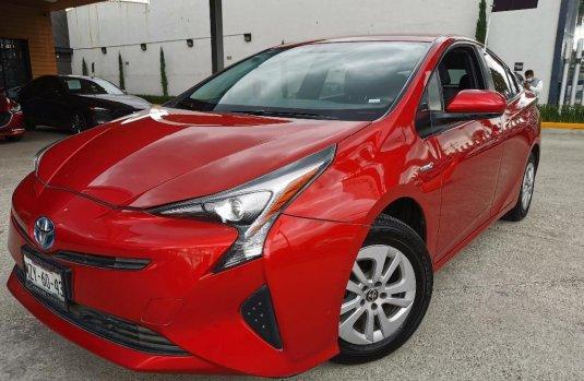 Pongo a la venta cuanto antes posible un Toyota Prius en excelente condicción