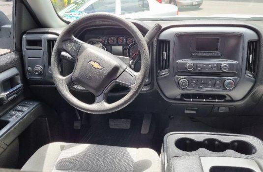 Venta de Chevrolet Silverado 2500 2017 usado Automática a un precio de 390000 en Iztacalco