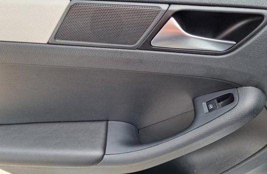Se pone en venta Volkswagen Jetta 2016