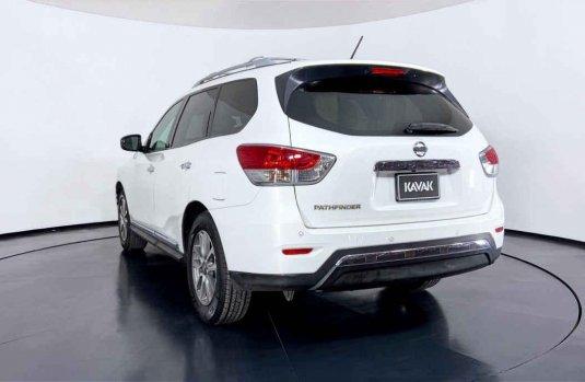 Nissan Pathfinder 2014 en buena condicción