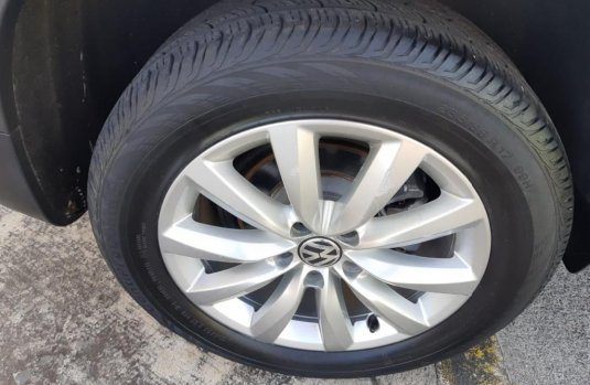 Auto Volkswagen Tiguan 2013 de único dueño en buen estado