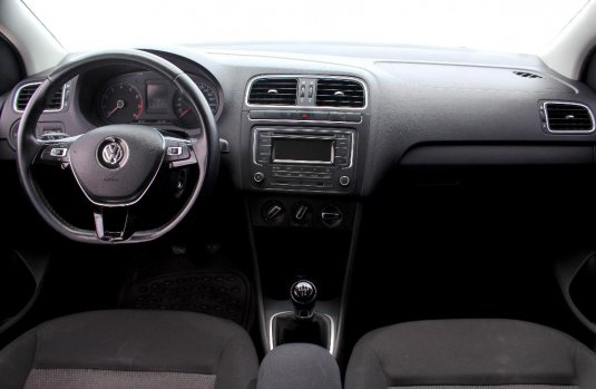 Auto Volkswagen Polo 2017 de único dueño en buen estado