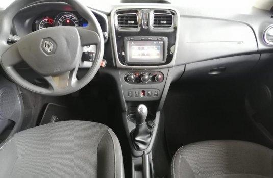 Renault Logan 2019 barato en Tlalpan