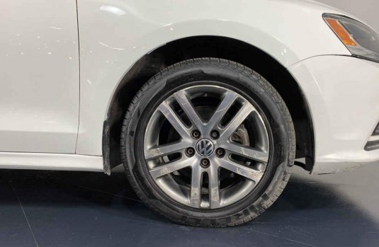 Se pone en venta Volkswagen Jetta 2015