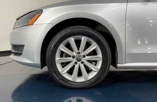 Se pone en venta Volkswagen Passat 2014