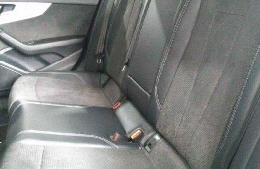 Audi A4 2021 en buena condicción