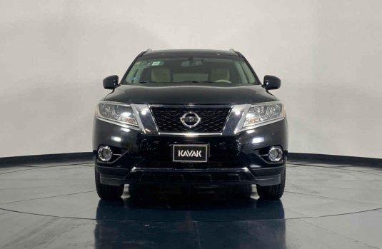 Se pone en venta Nissan Pathfinder 2014