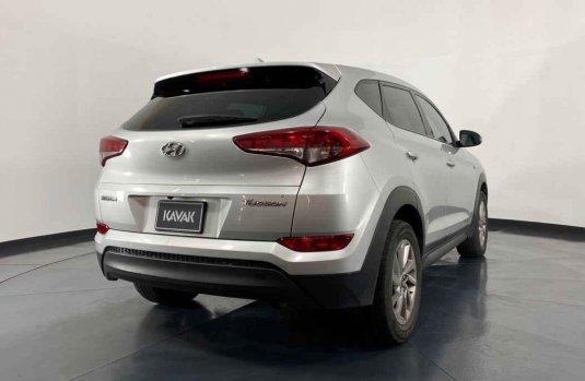 Auto Hyundai Tucson 2016 de único dueño en buen estado