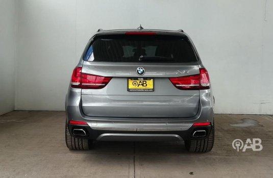 Auto BMW X5 2014 de único dueño en buen estado