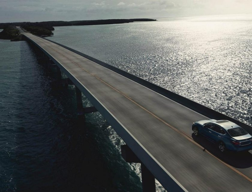 Infiniti Q70 2019 puente lejano