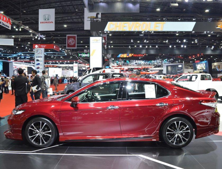 Toyota Camry 2020 en Bangkok Motor Show 2019