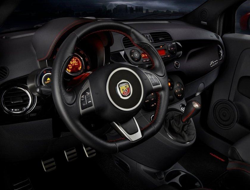 FIAT 500 Abarth 2019