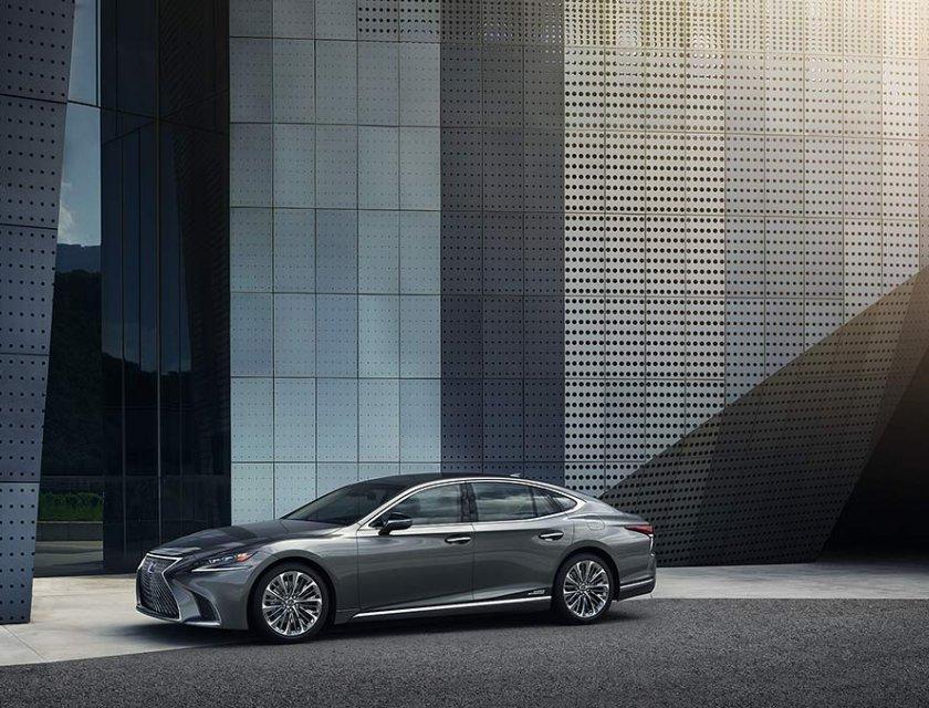 Lexus LS 500h 2020