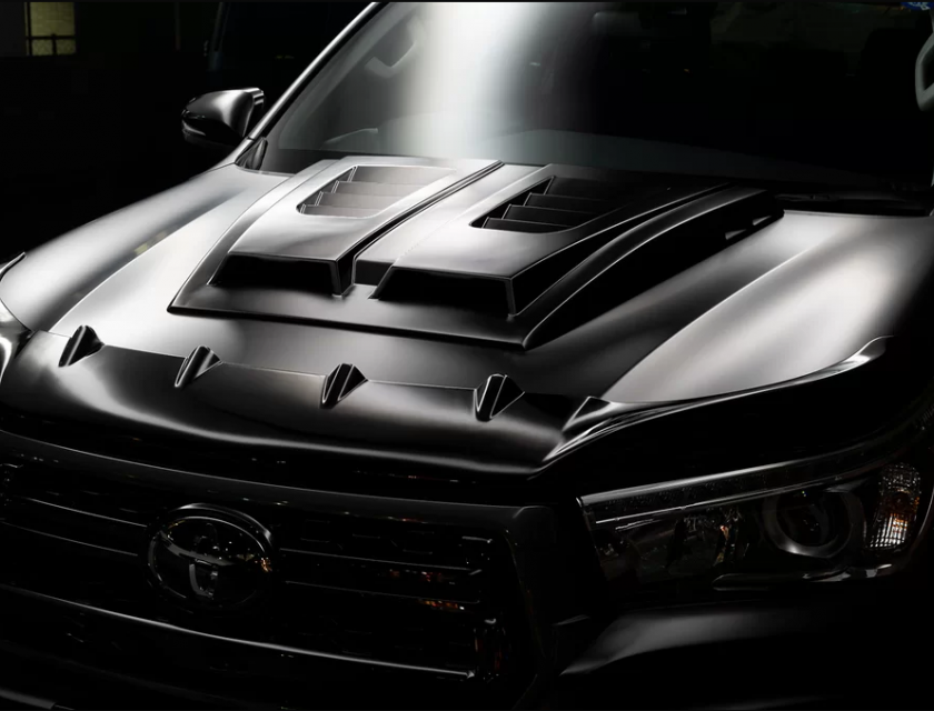 Toyota Hilux Sport Line Black Bison Edition