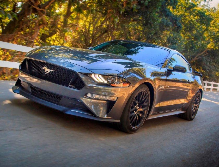 Ford Mustang precio 1