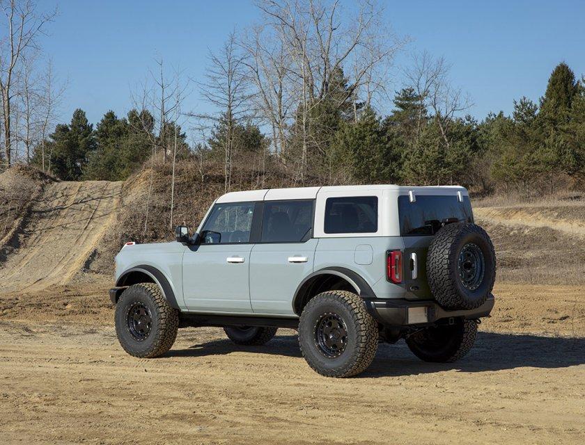 Bronco 4 puertas