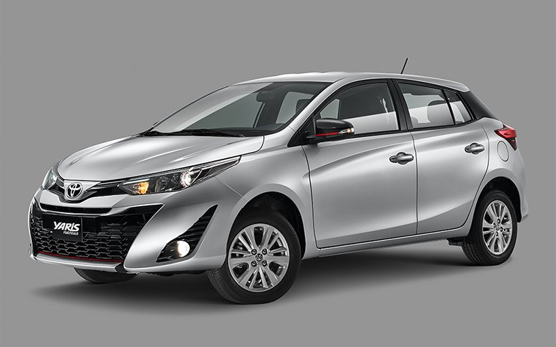 Toyota Yaris precio 3