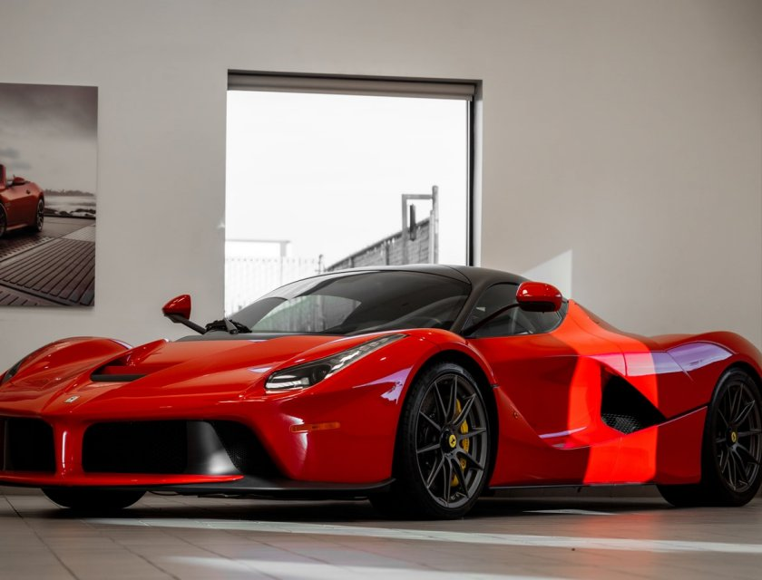 Imágenes de autos deportivos - Ferrari LaFerrari