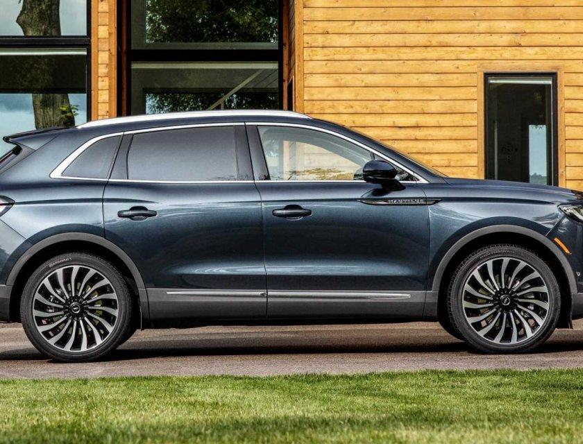 Lincoln Nautilus 2021