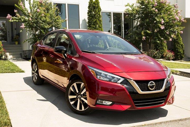 Nissan Versa: Precios y versiones en México
