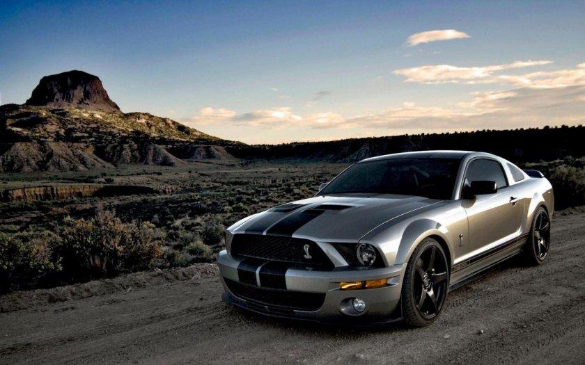 ¿En qué año se presentó el primer Ford Mustang?