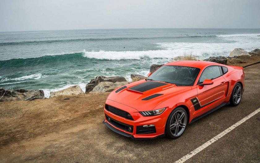 ¿En qué año el Ford Mustang logró el millón de unidades vendidas?